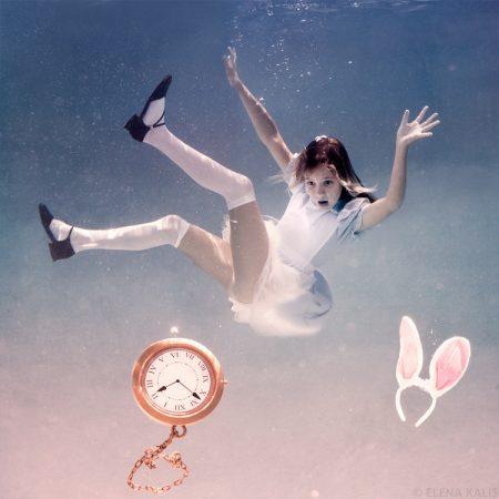 Alice no país das maravilhas debaixo d'água